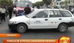 Una pareja de esposos resultaron heridos al chocar la motocicleta en la que se desplazaban contra un taxi