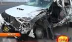 Una camioneta chocó contra un tráiler en el óvalo Huanchaco